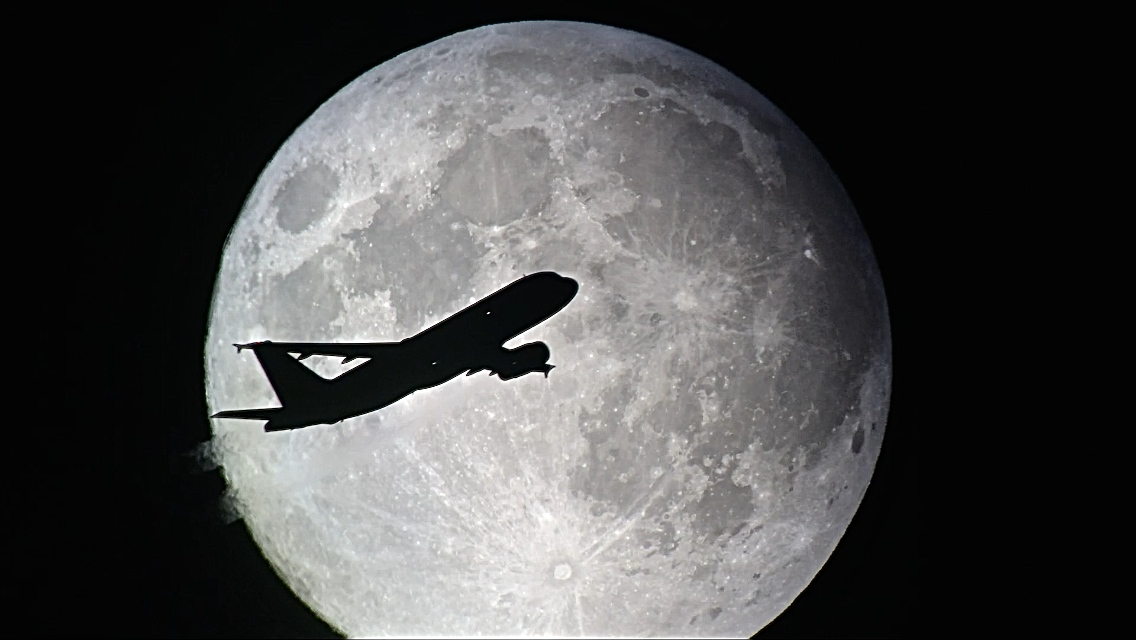 The Moon Tour Plane