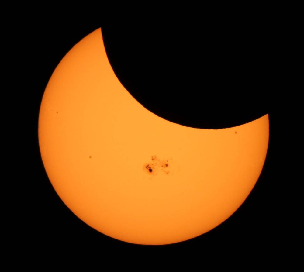 Solar Eclipse from Tujunga, Los Angeles, California.