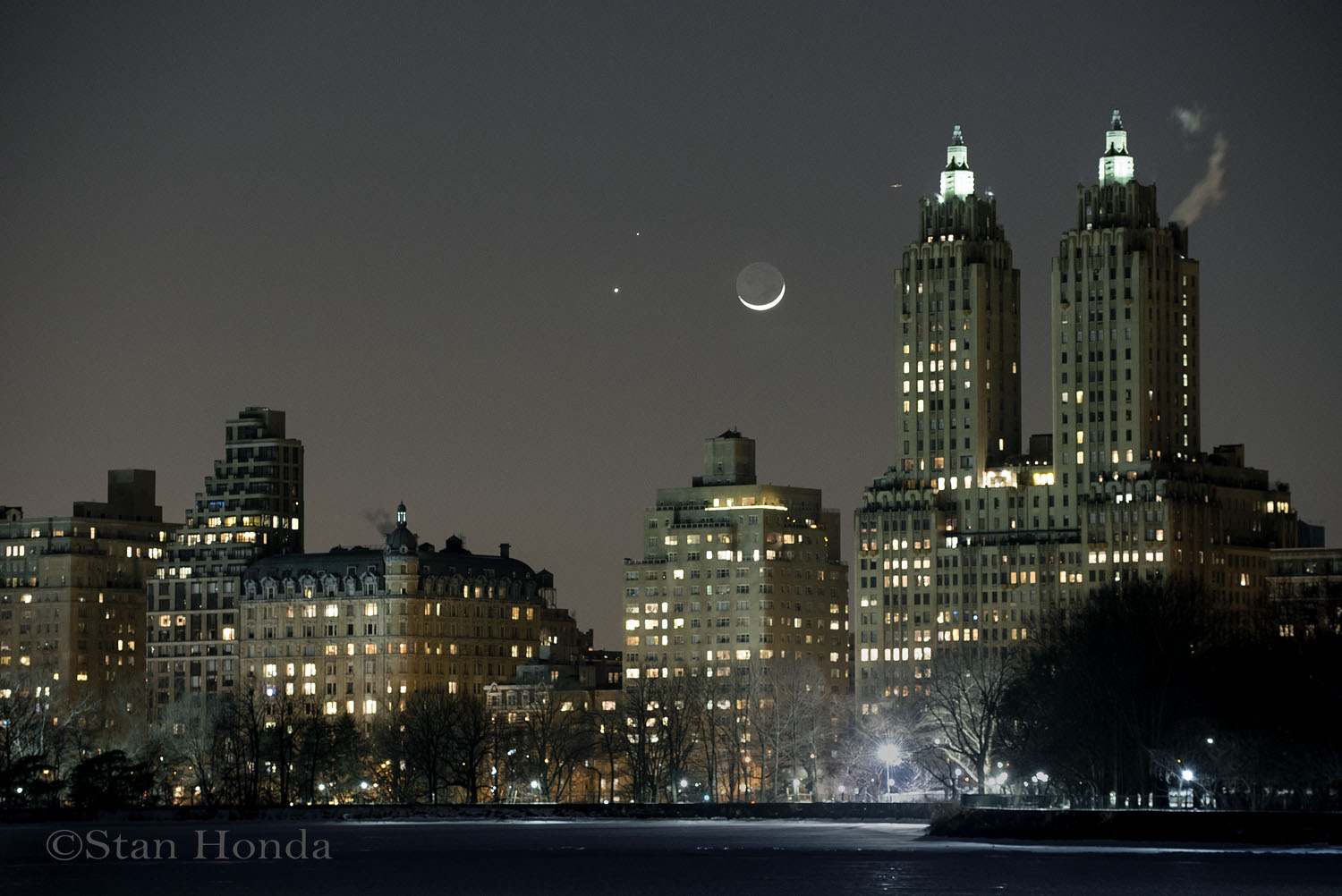Conjunction setting over Manhattan
