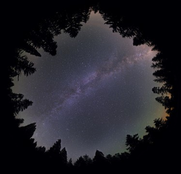 2015-10-05_56121c926bec9_Summer_Milky_Way_Mosaic_19June2015_resized.jpg