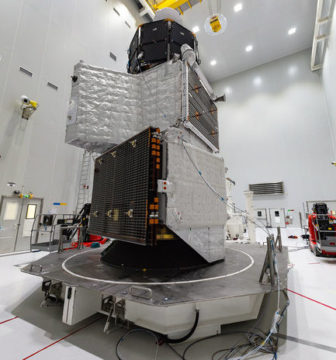 Image of BepiColumbo spacecraft stack
