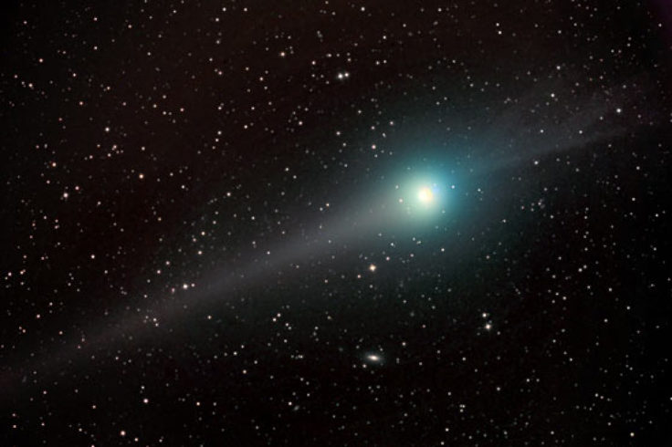 Comet Lulin on Feb. 20, 2009