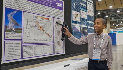 Cannan Huey-You and his research poster