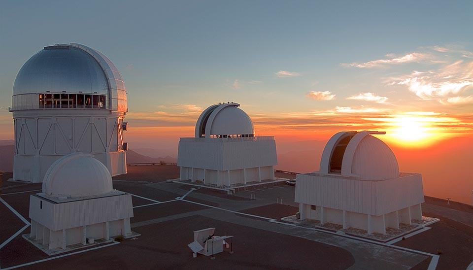 Cerro Tololo at sunset