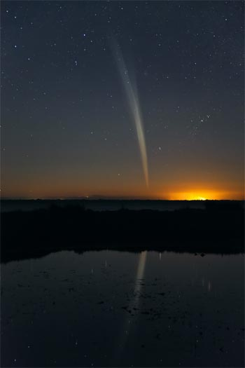 Comet Lovejoy before dawn