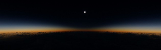 Wide-field eclipse image from Alaska Airlines flight 870