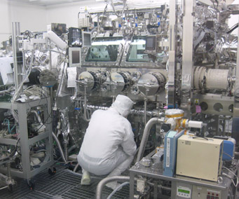 Hayabusa clean room