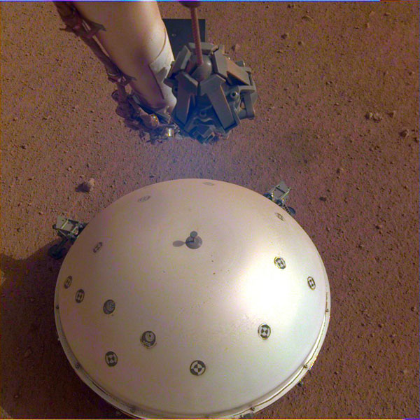 Seismometer on NASA's Insight lander