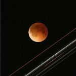 Lunar-eclipse-airplane3