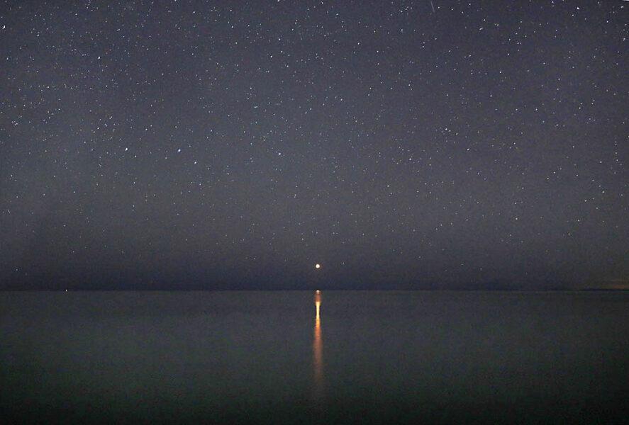 Mars rising over Lake Superior