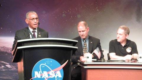 NASA administrator Bolden at New Horizons