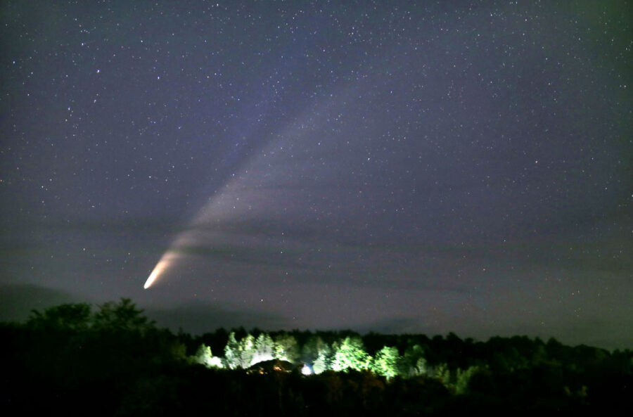 Comet NEOWISE above Rice Lake, Minnesota