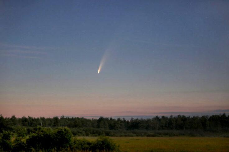 Comet at dawn