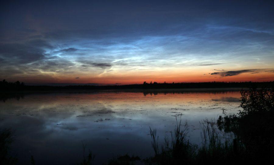 Noctilucent clouds near Duluth, Minnesota