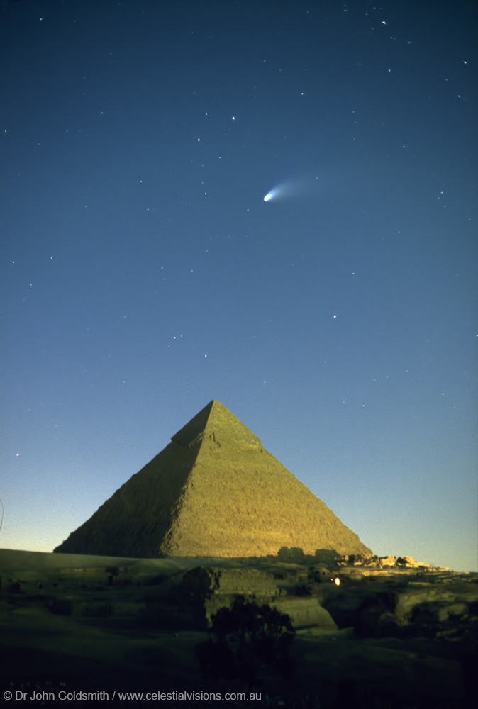 Comet Hale-Bopp above the Pyramids