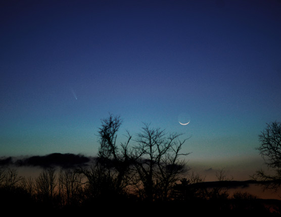 Comet PanSTARRS and Moon, March 12, 2013