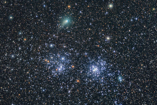 Comet PanSTARRS shows takes on stellar company