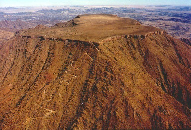 The road to Gamsberg.Namibia Tourism Board