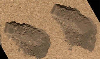 "Curiosity's ""scoops"" on Mars"