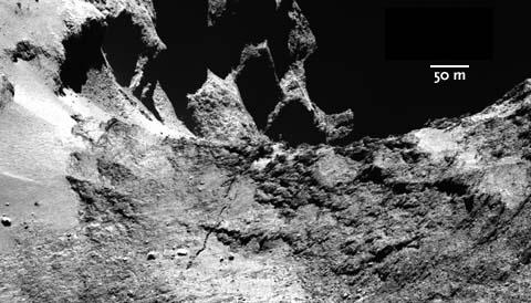 A crack in Comet 67P