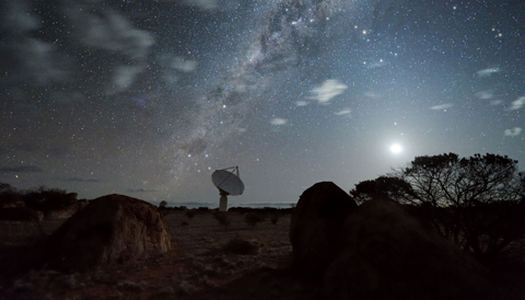 Aboriginal Australians Observed Red Giant Stars' Variability