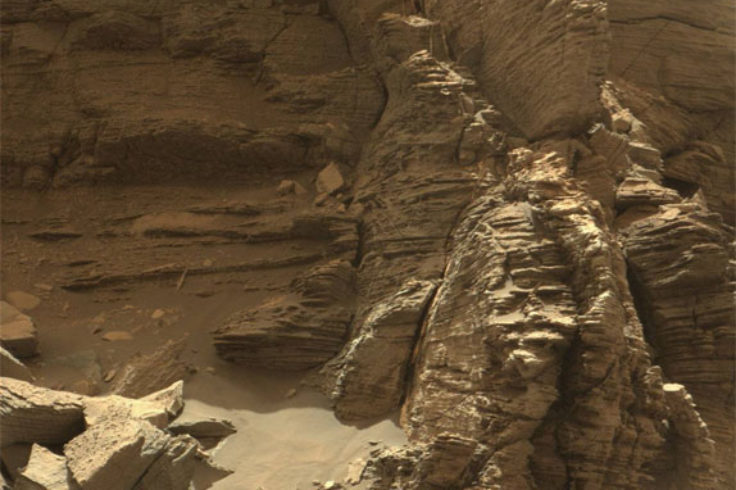 Sandstone bedding in Murray Buttes on Mars