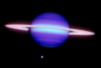 Infrared view of Saturn and Titan