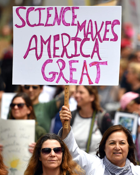 Science Makes America Great sign