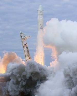 Launch of SpaceX Dragon resupply module