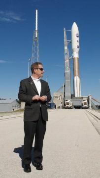 Alan Stern awaits New Horizons's launch
