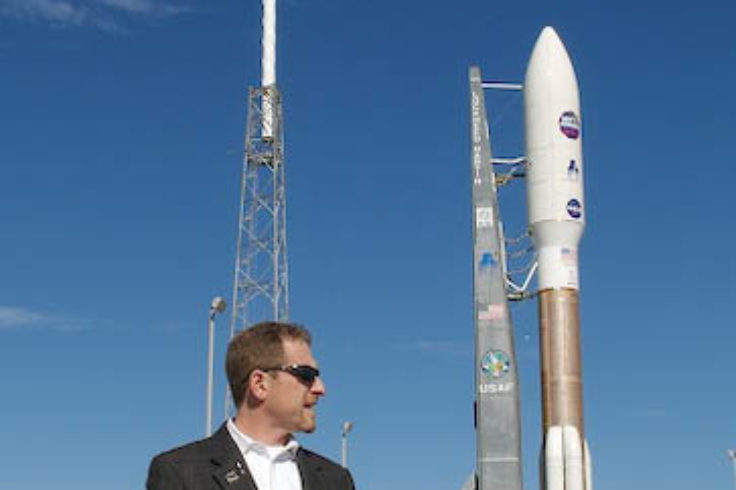 Alan Stern awaits New Horizons's launch