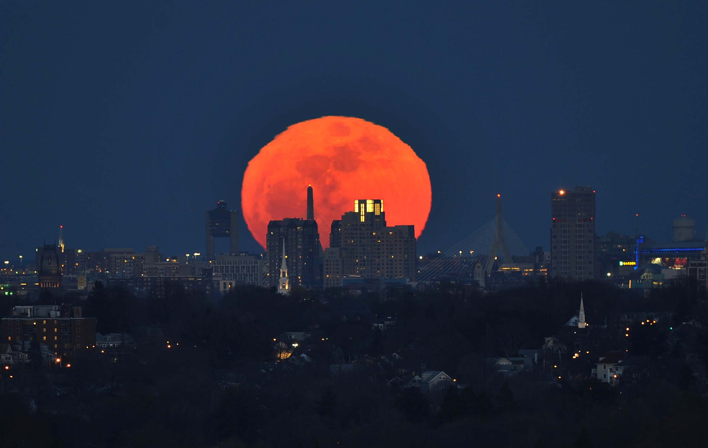 Moonrise on March 19, 2014