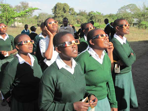 Tanzania schoolchildren see solar eclipse