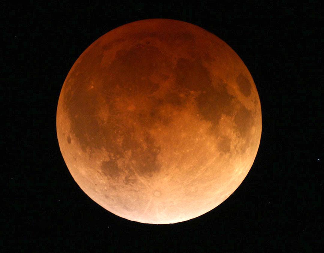 April 15, 2014 total lunar eclipse