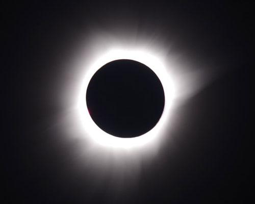 2016 Total Solar Eclipse by Tom Schultz