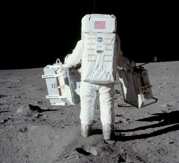 Buzz Aldrin and the first ALSEP