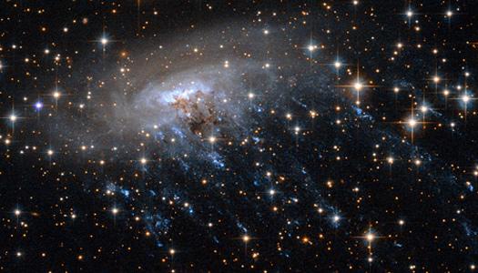 Colliding spiral galaxy