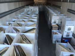 plates in cold storage