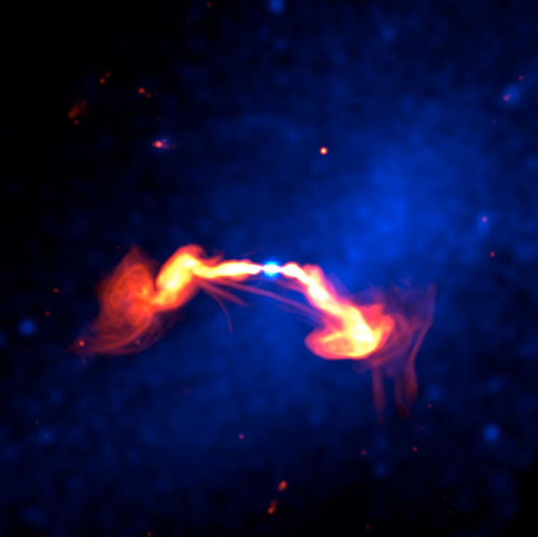 Radio and X-ray image of magnetically connected galaxy
