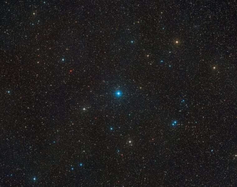 The region of the sky that contains HR 6819