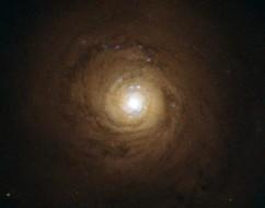 NGC 5548.ESA/Hubble and NASA. Acknowledgement: Davide de Martin.