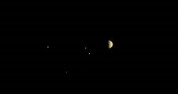 Juno probe closes in on Jupiter