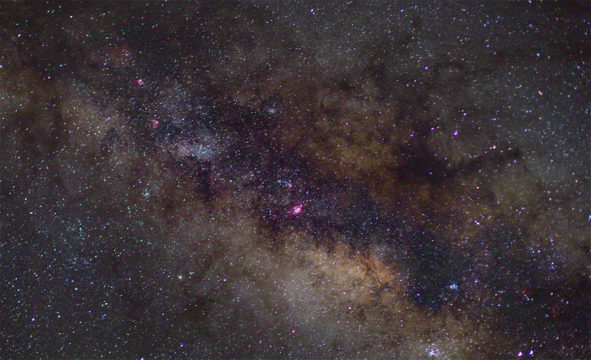 You can just pick out the emission objects in the Milky Way.