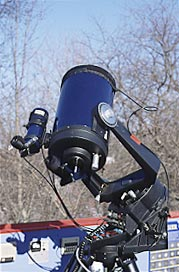 This Schmidt-Cassegrain was wired up with a Kendrick Dew Remover System in four places: the main scope's corrector plate, the finder's objective, and both eyepieces, one example of dew heaters.